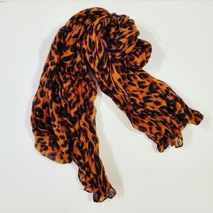 Animal / Leopard Scarf